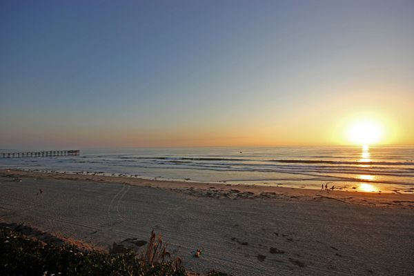 sunset at Mission Beach (San Diego)