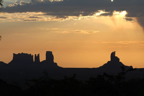 Sunset at Monument Valley / Goulding Campsite