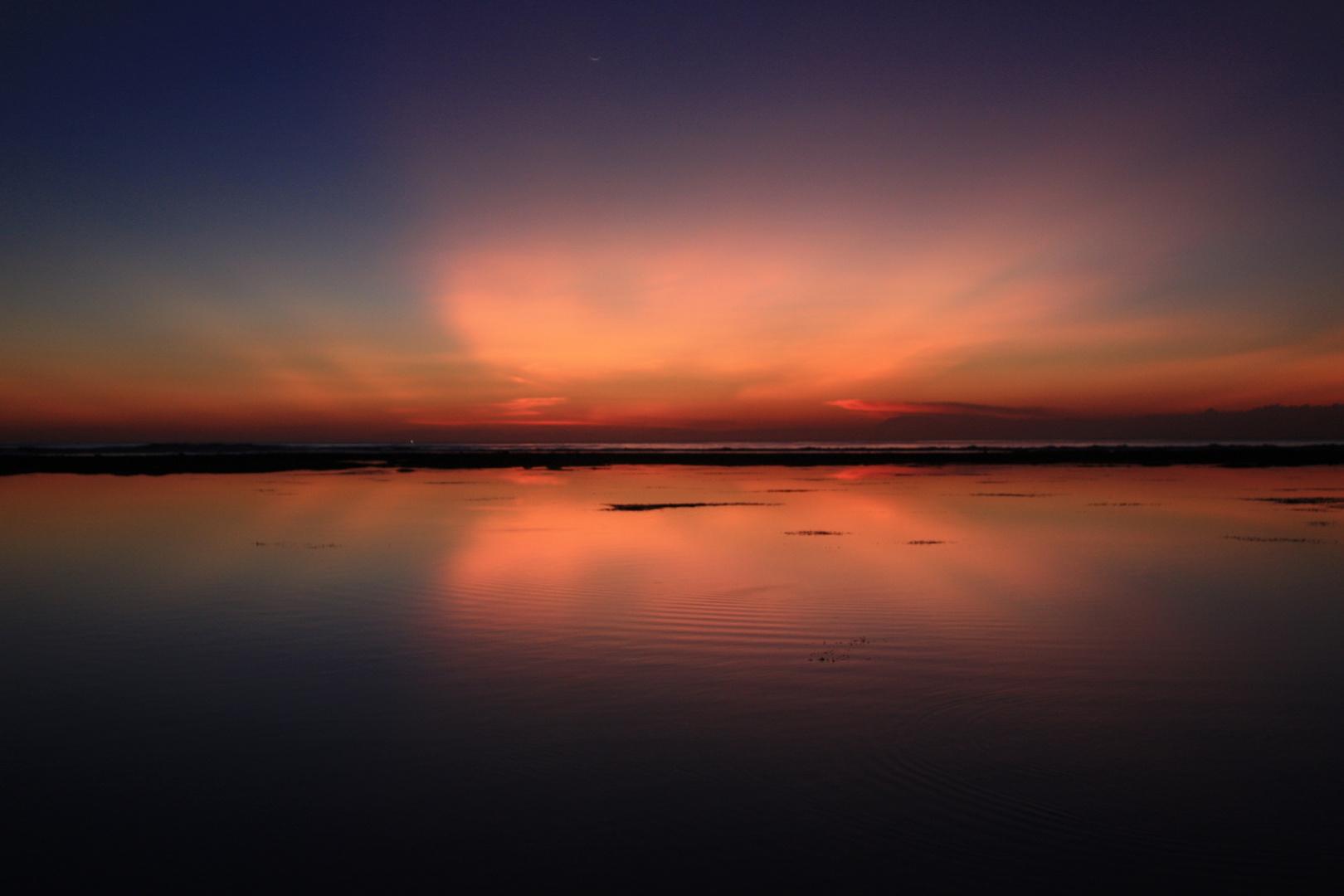 Sunset at Padang Padang Beach (2)