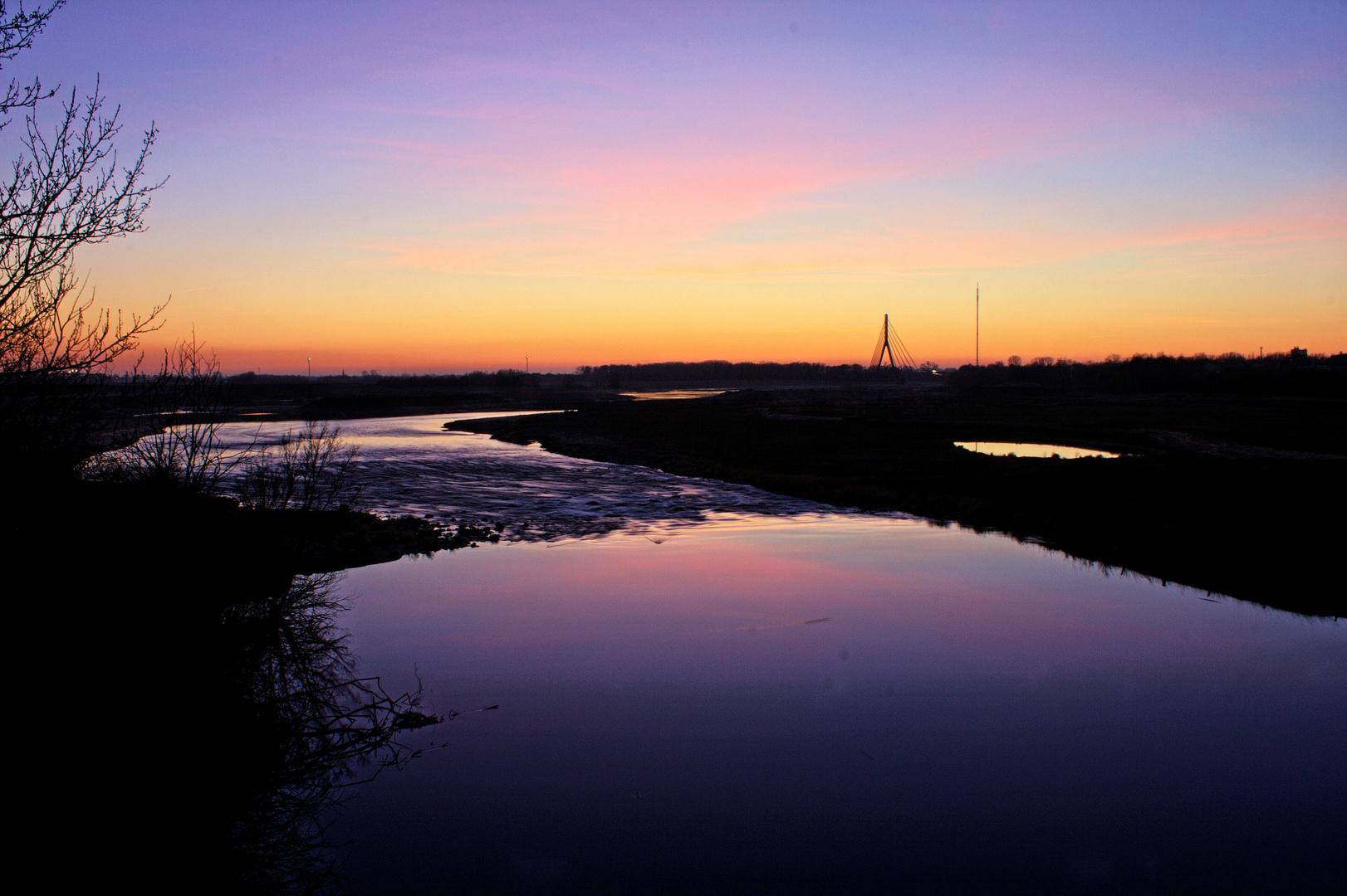 Sunset - Die Lippe auf dem Weg zum Rhein (Wesel)