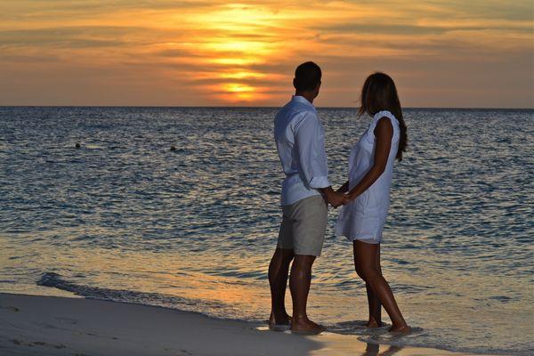 Sunset in Aruba, caribbean sea ...