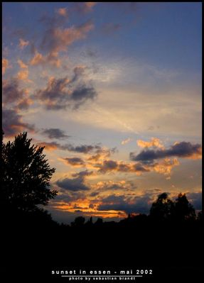 sunset in essen - mai 2002