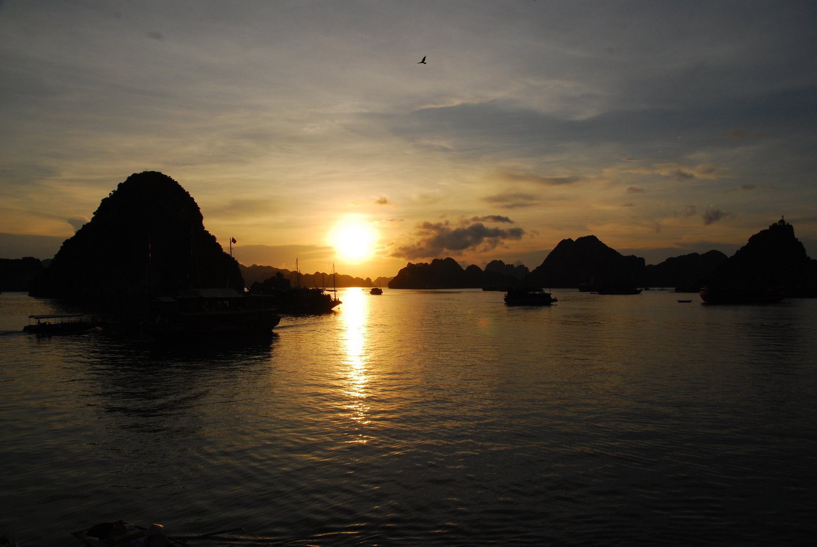 Sunset in HaLong