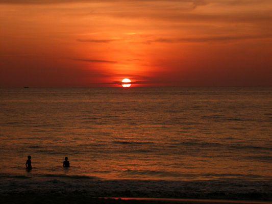 Sunset in Karon Beach, Phuket/Thailand