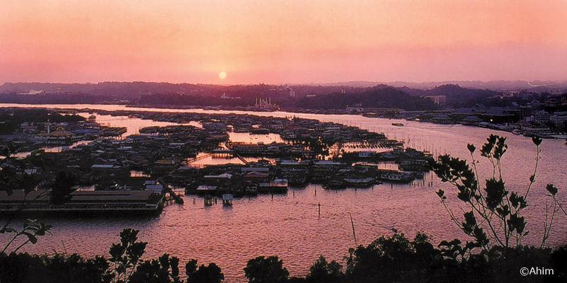 Sunset of Kampung Ayer