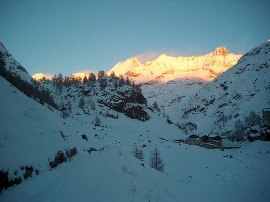 Sunset on the Chaine des Murailles