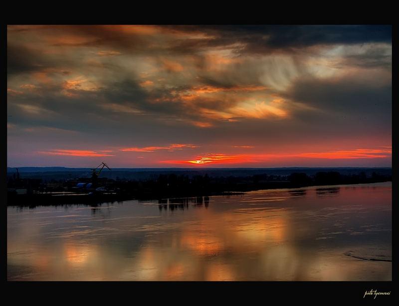 Sunset on the river Vistula in Plock (Poland)