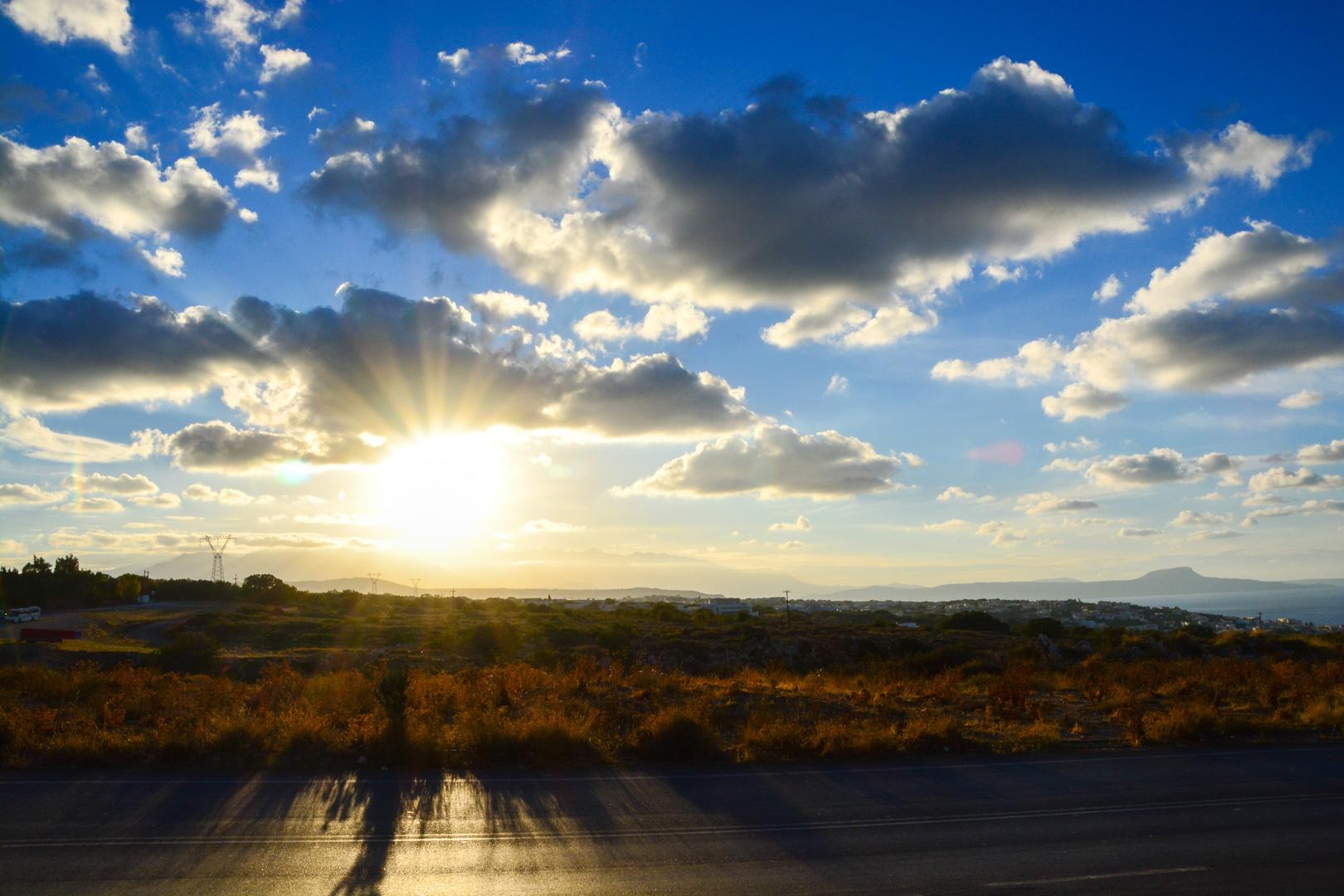 Sunset on the road (Kreta)