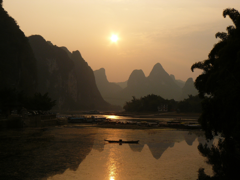 Sunset over Li River