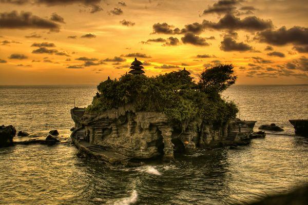 Sunset Tanah Lot, Bali
