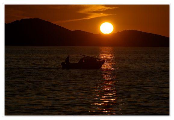 sunset zadar harbour