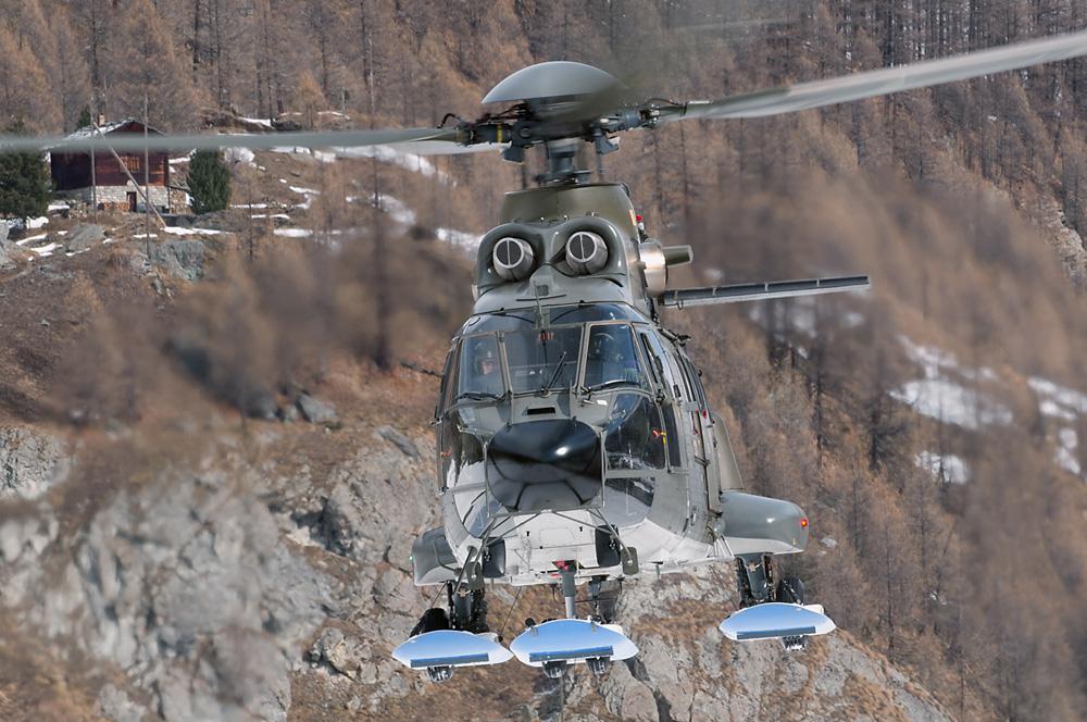 Super Puma (TH-89)