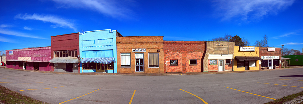 Supermarkets, Malls, and Shopping Centers: Falkville