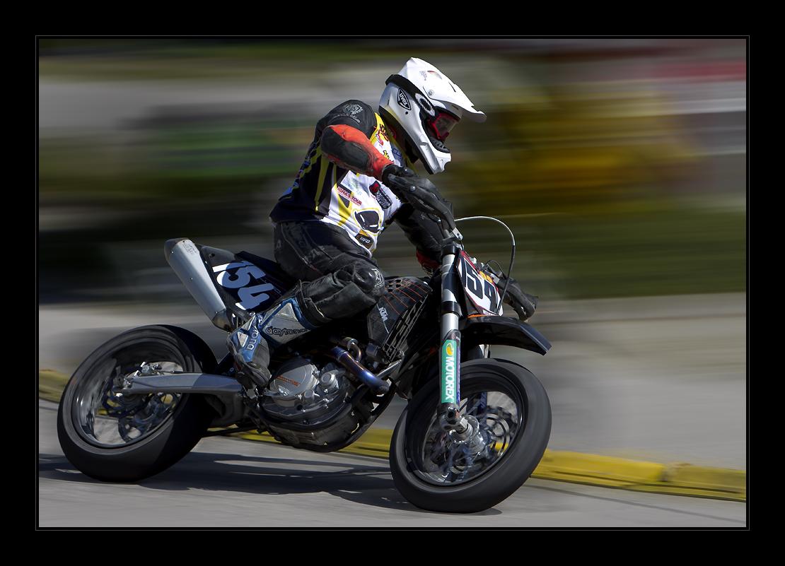 -Supermotobike-1