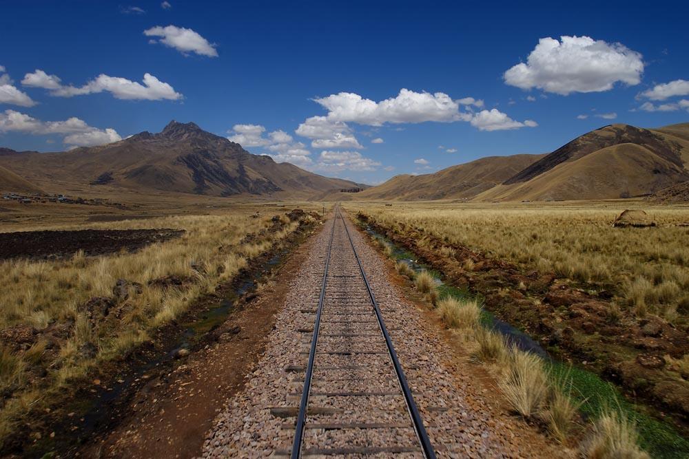 Sur la ligne PeruRail, entre Puno et Cuzco, Pérou