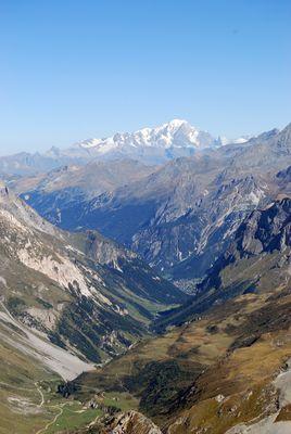Sur la pointe de l'observatoire de la Vanoise (vue sur le Mont Blanc)