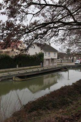 Sur le canal de l'Ourcq