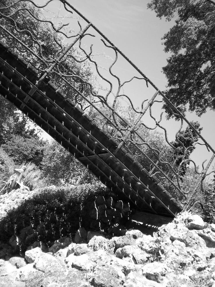 sur le pont du jardin