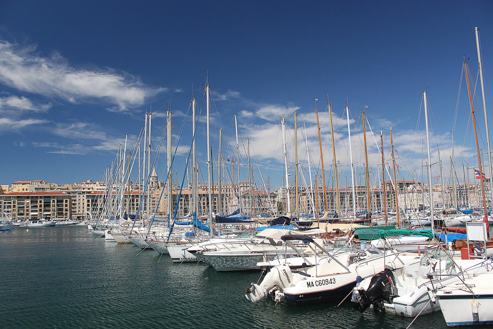 Sur le port de Marseille