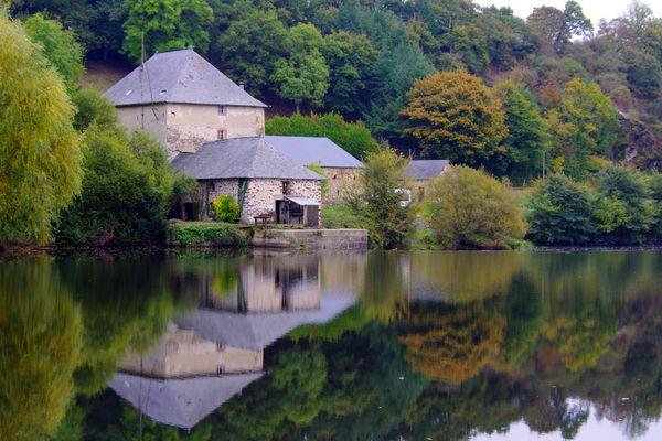 sur les bords de la Mayenne