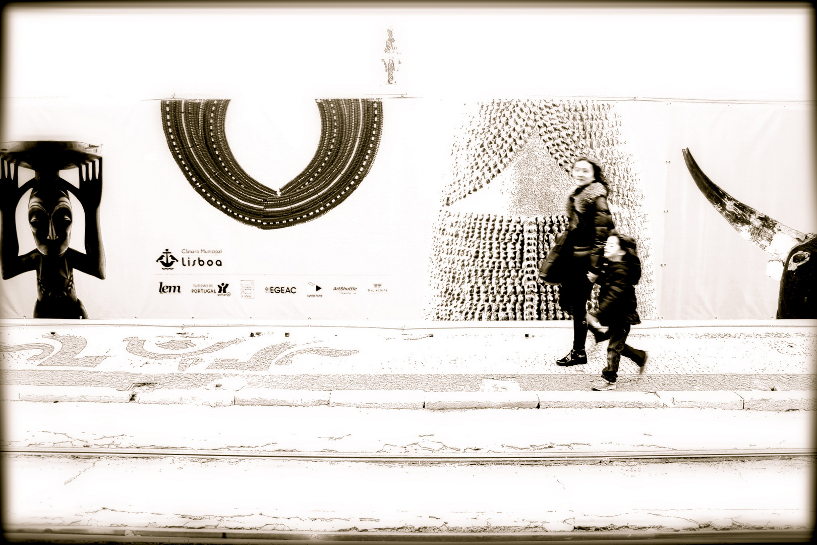 Sur les trottoirs de Lisboa