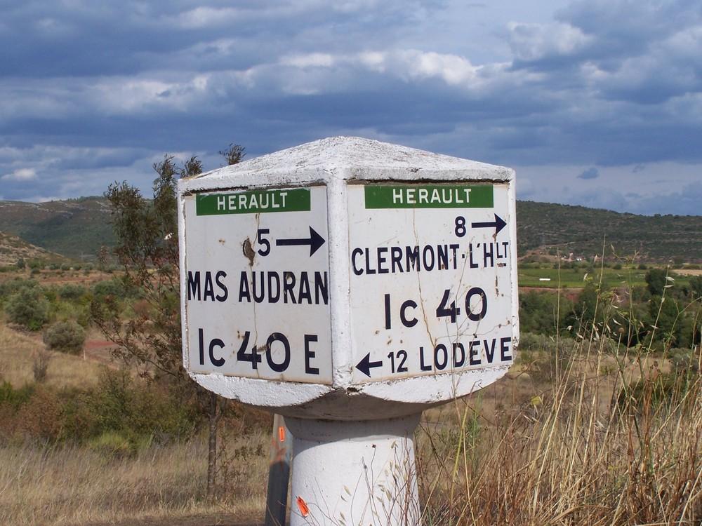 Sur une route de l'Hérault
