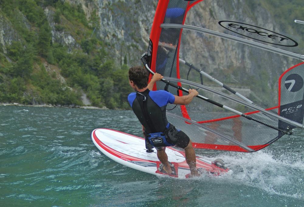 Surf sul lago di Garda