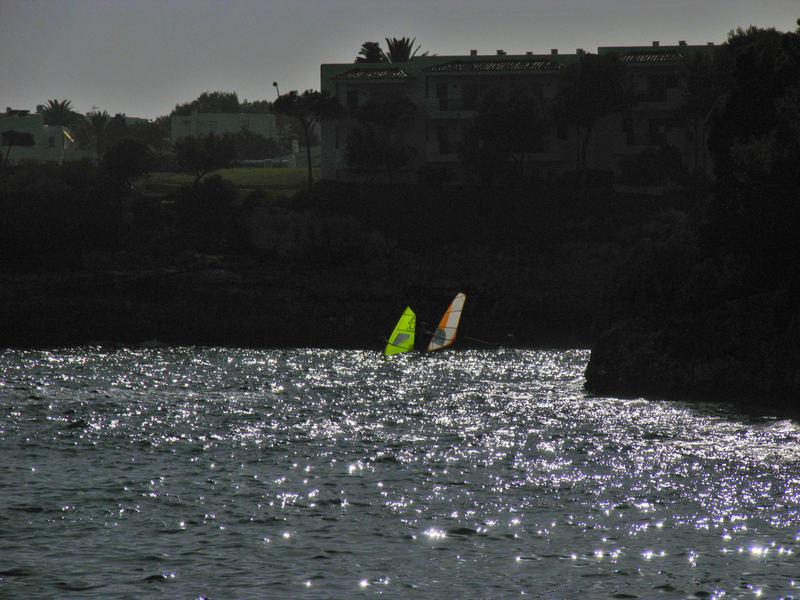 Surfen im Gegenlicht / Mallorca 10.06