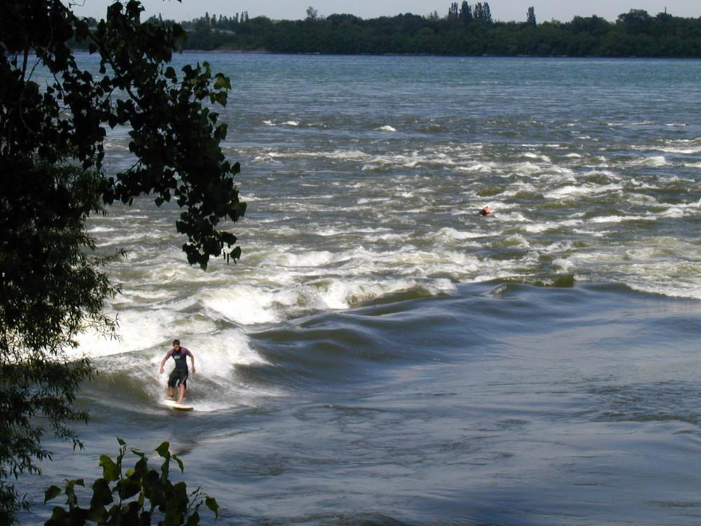 surfer a montreal ... la vague éternelle