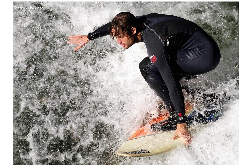 ` Surfer `