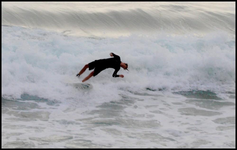 Surfeurs à Biarritz - objectif 70/200 F4L USM