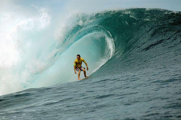 Surfing - Ry Craike