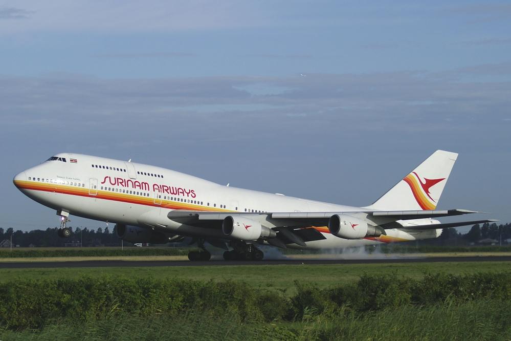 Surinam 747