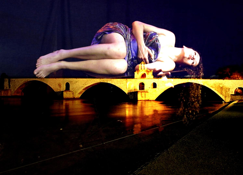 SURYA.....AVIGNON FESTIVAL OFF 2010