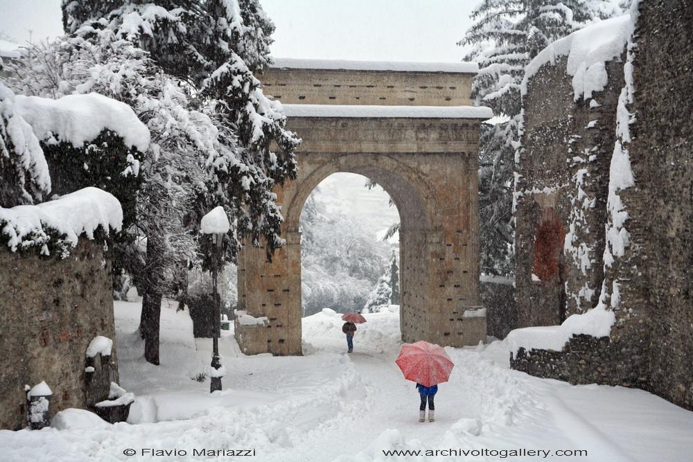 Susa, Arco di Augusto