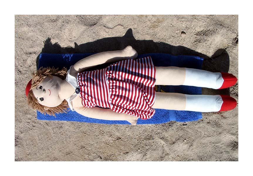 Susi am Strand