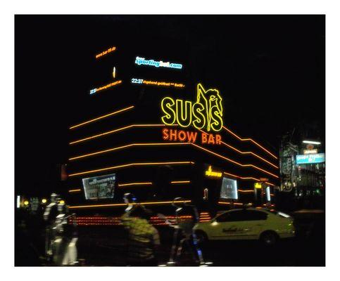 Susi's Show Bar