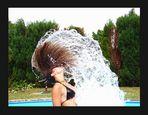 ..suske + wasser im haar...