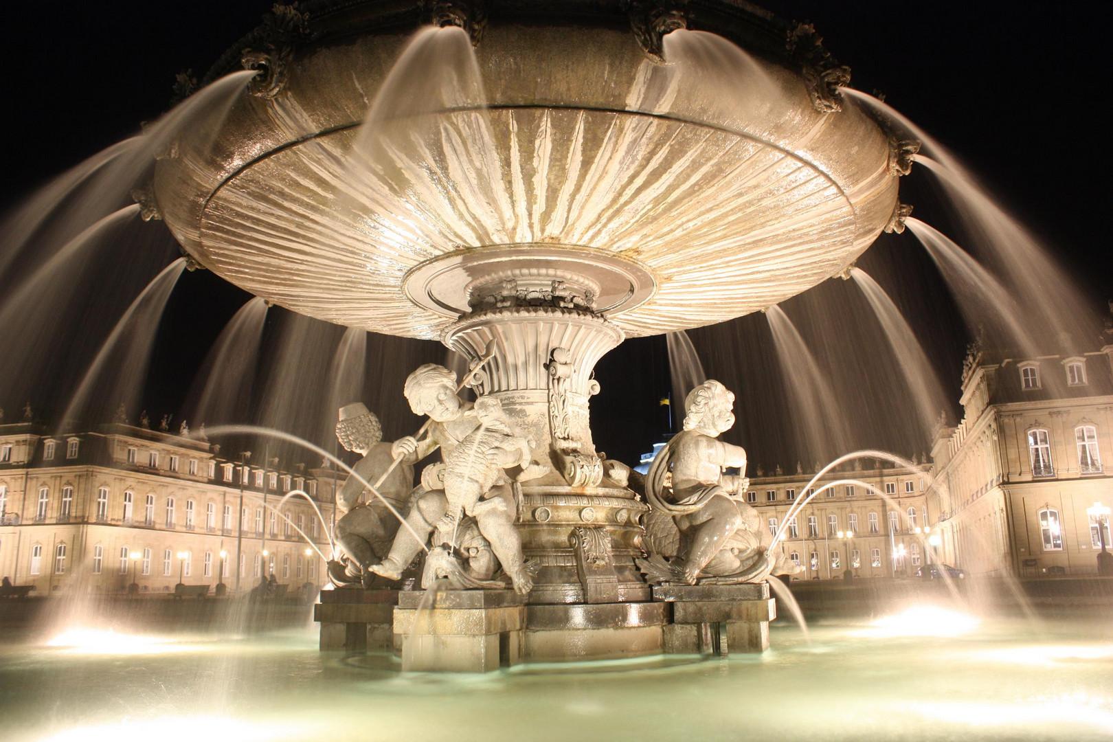 Suttgart, Schlossplatz Brunnen