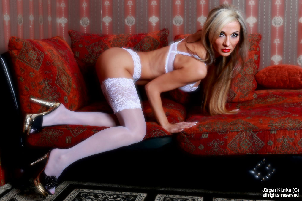 Suzy`s White Stockings