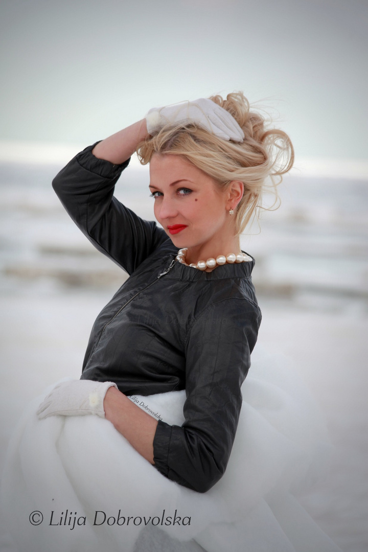 Svetlana am Strand von Jurmala
