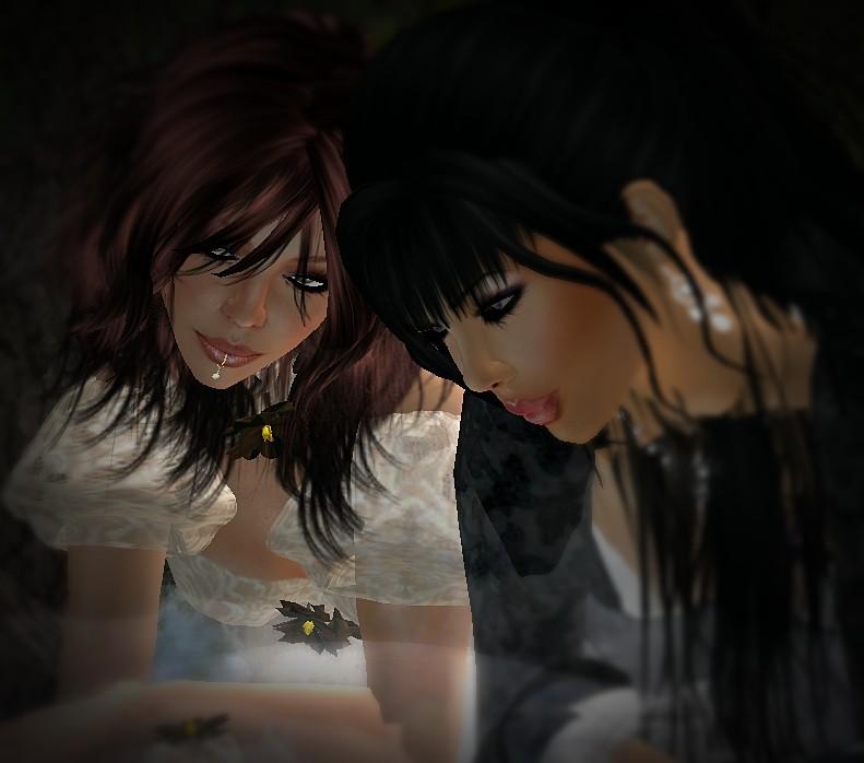 sweet confidences beetween sisters