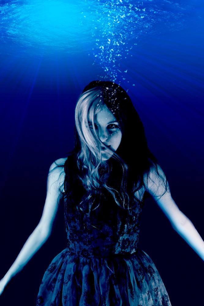 Swimming Hair