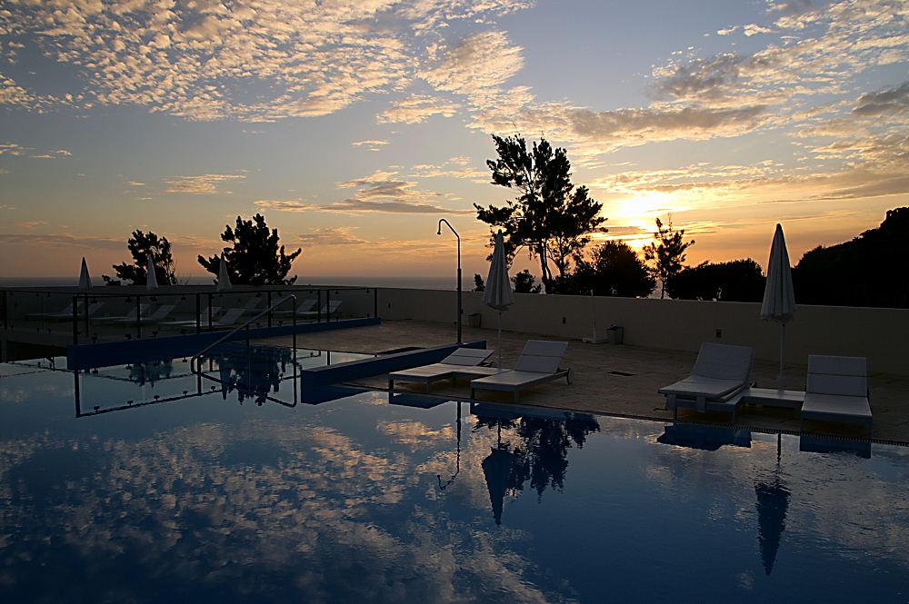 Swimmingpool bei SU