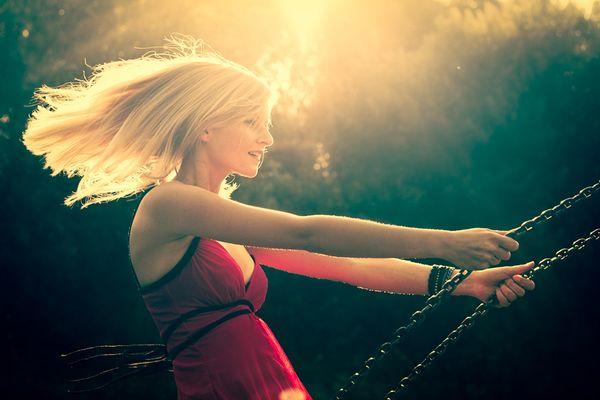 Swing Girl. Swing.
