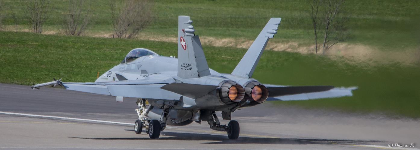 Swiss Air Force Meiringen Start F18..