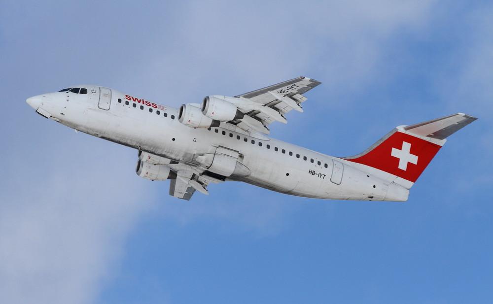 Swiss Avro Regional Jet RJ100