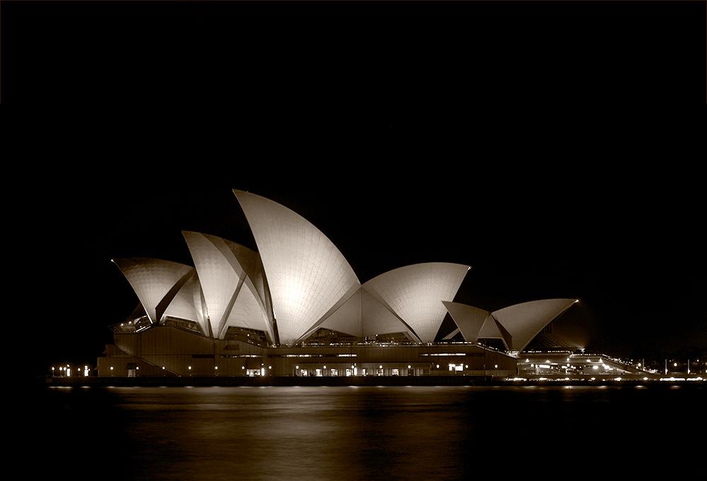 - sydney Oper V -