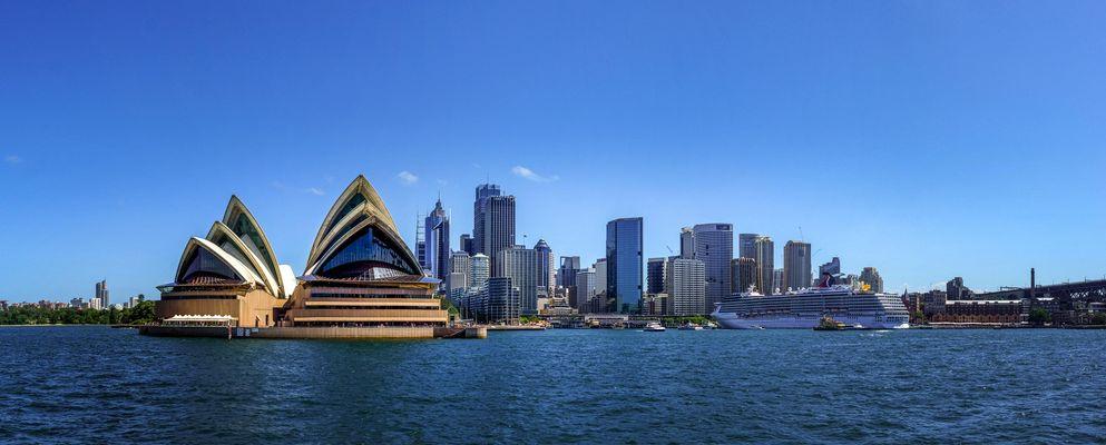 Sydney Opera House vom Wasser aus fotografiert