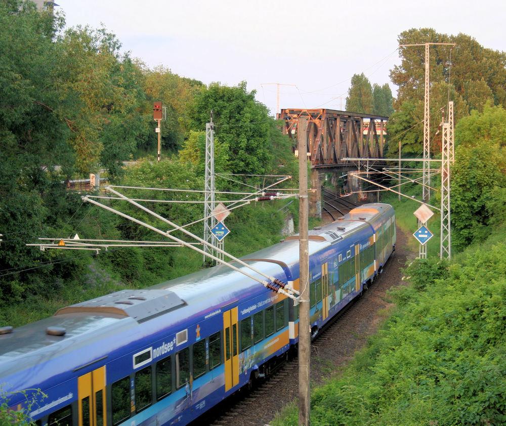 Syltexpress auf der letzten Fahrt durch Berlin des Tages